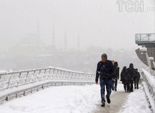 Від Балкан до Німеччини. Мороз та хурделиця паралізували більшу частину Європи