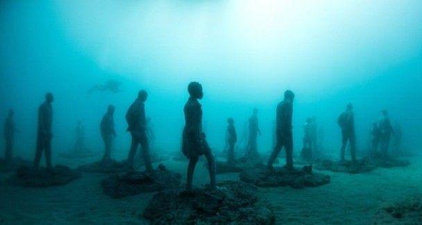 Біля Канарських островів відкрили перший повністю підводний музей у Європі