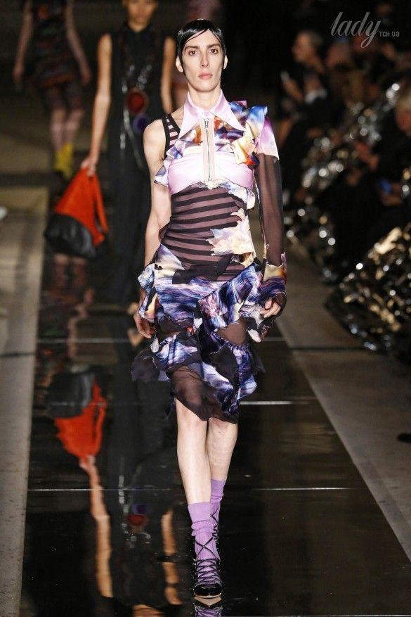 Коллекция Givenchy прет-а-порте сезона весна-лето 2017_31