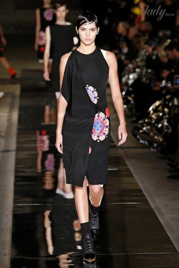 Коллекция Givenchy прет-а-порте сезона весна-лето 2017_43
