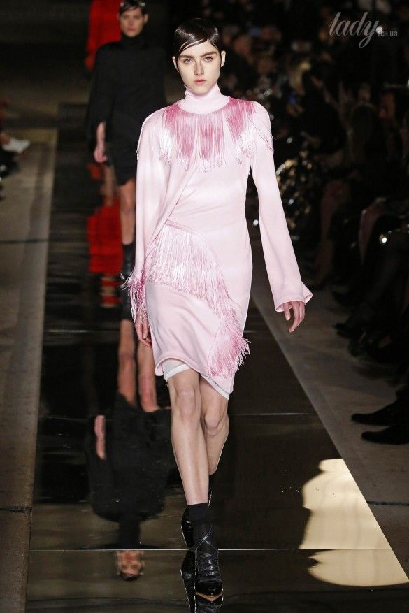 Коллекция Givenchy прет-а-порте сезона весна-лето 2017_46