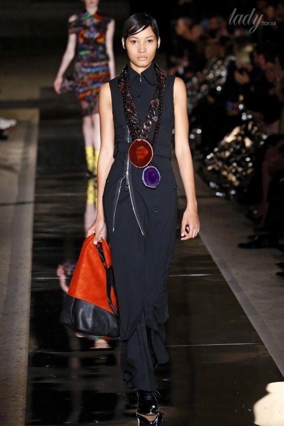 Коллекция Givenchy прет-а-порте сезона весна-лето 2017_32