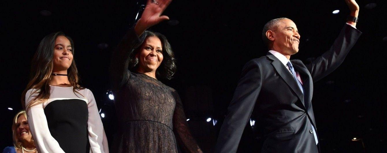 Мишель Обама в кружевном платье пришла на прощальную речь супруга