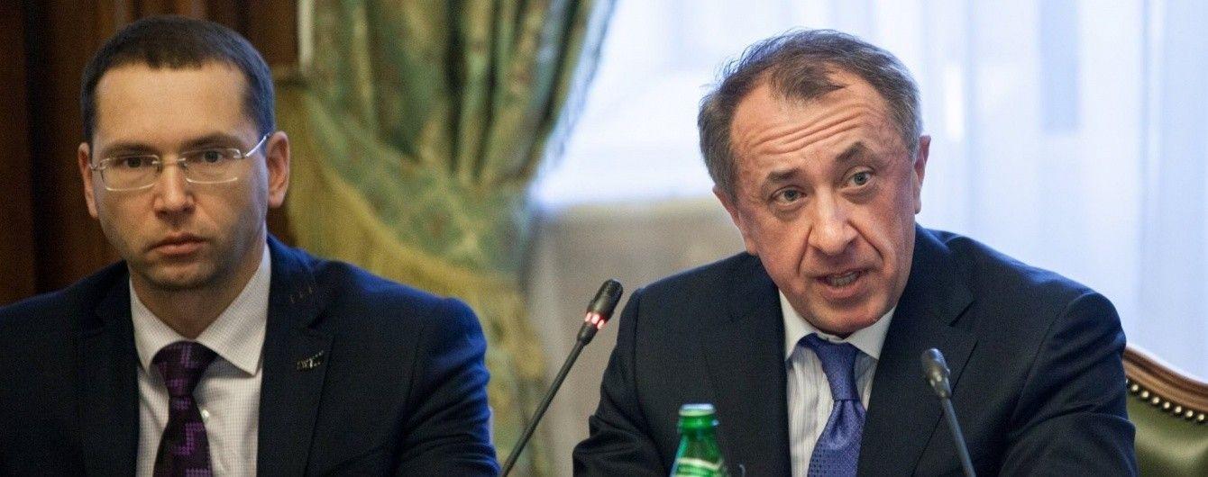 Керівництво та члени Ради Нацбанку щомісяця отримують 138-155 тисяч гривень