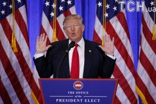 Трамп возмущен, что ФБР не препятствует утечкам в СМИ секретной информации