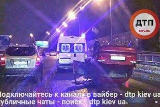 У Києві сталася ДТП з постраждалими на Дарницькому мосту