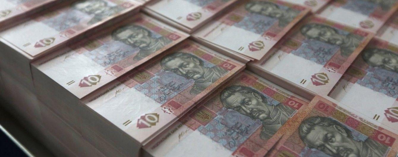 Надходження до зведеного бюджету зросли майже на третину – фіскальна служба