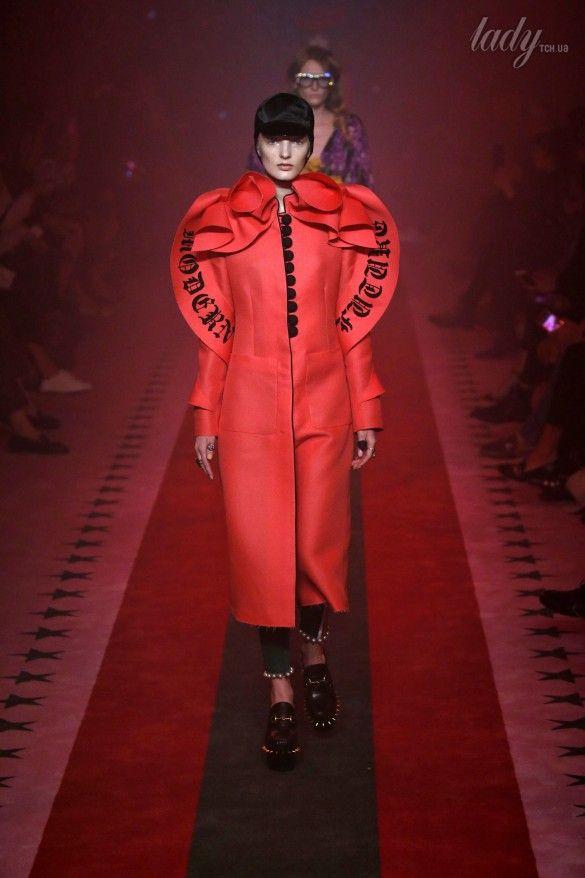 Коллекция Gucci прет-а-порте сезона весна-лето 2017_33