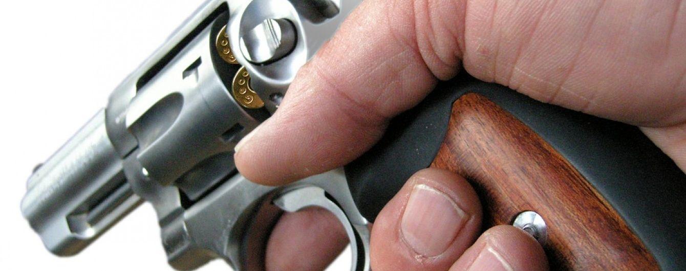 У Кривому Розі намагався застрелитися підполковник поліції, якого зловили на величезному хабарі