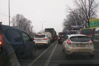 Не чекайте пощади, тварюки. У соцмережах різко відреагували на блокування в'їздів до Києва