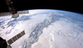 Повз Землю пронесеться великий астероїд