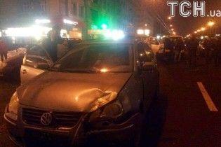 У Києві зіткнулися п'ять авто та перекрили рух проспектом Перемоги