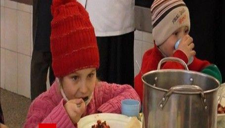 Эвакуация Авдеевки: более 70 детей обустраиваются в санаториях Святогорска
