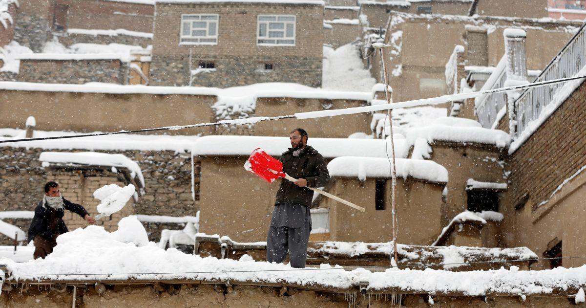 Сніг укрив Афганістан