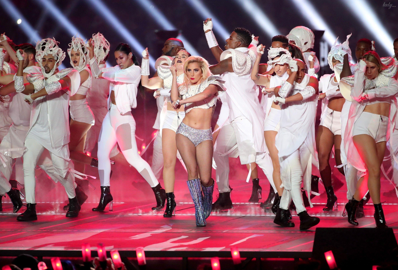 Леді Гага на Супербоул-2017_3