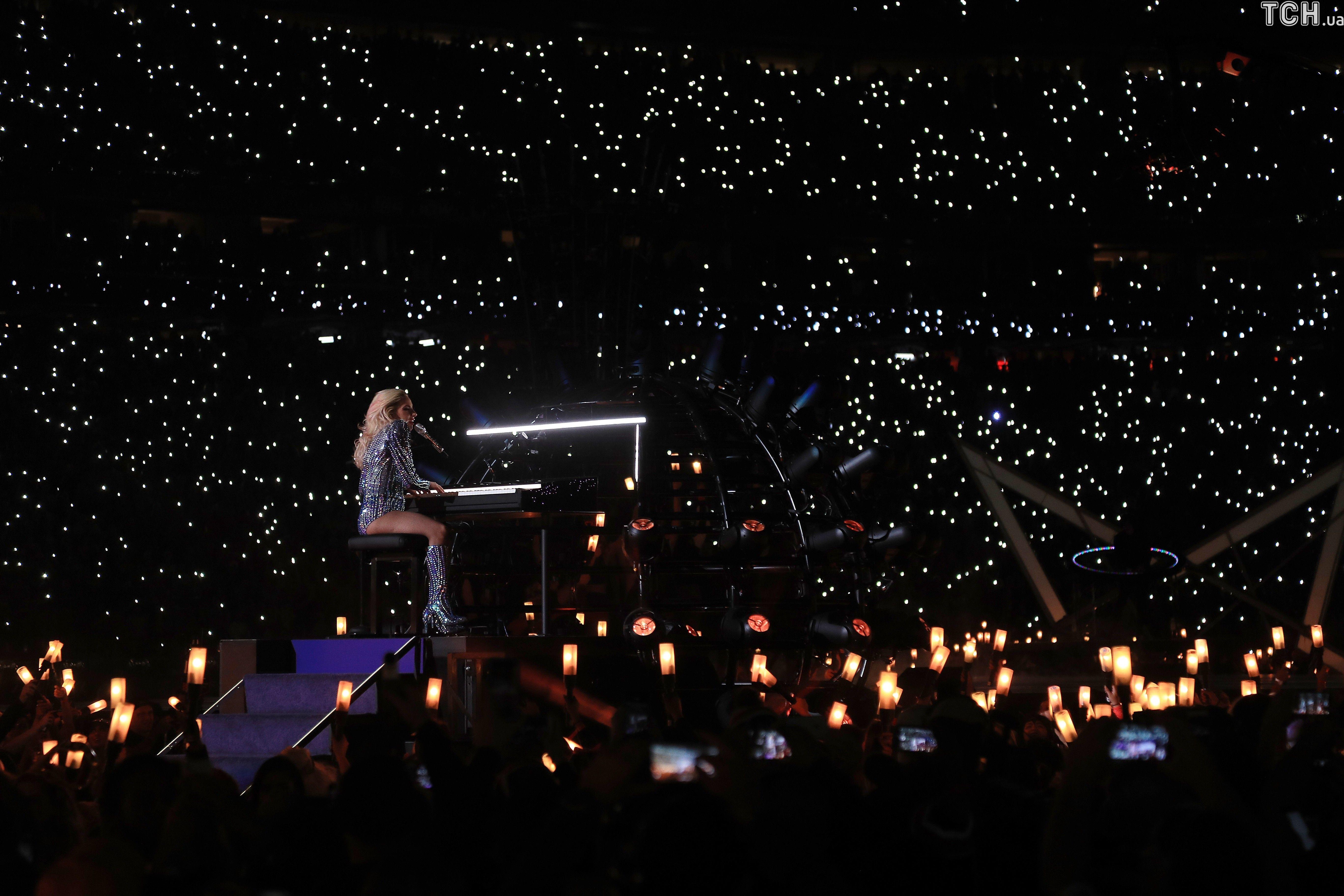 Леді Гага на Супербоул-2017_2
