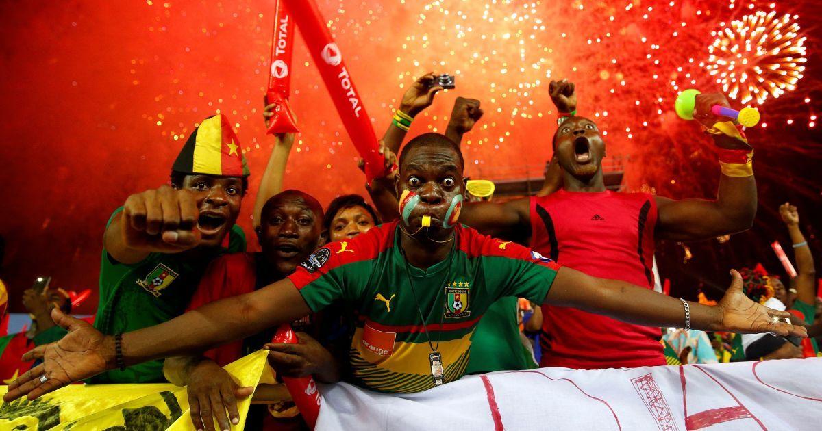 Вболівальники збірної Камеруну перед фіналом Кубку африканських націй, в якому їхня команда перемогла Єгипет. @ Reuters
