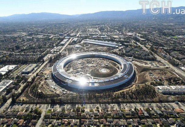 Ніби космічний корабель. Reuters показало новий офіс компанії Apple