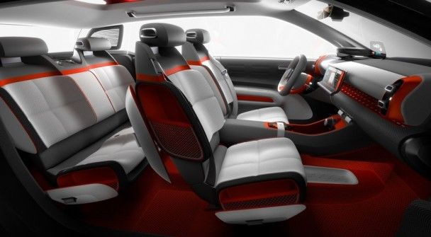 Citroen рассекретил новый концептуальный кроссовер C-Aircross