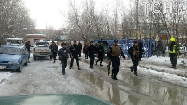 Кривавий теракт в Кабулі: десятки вбитих і поранених