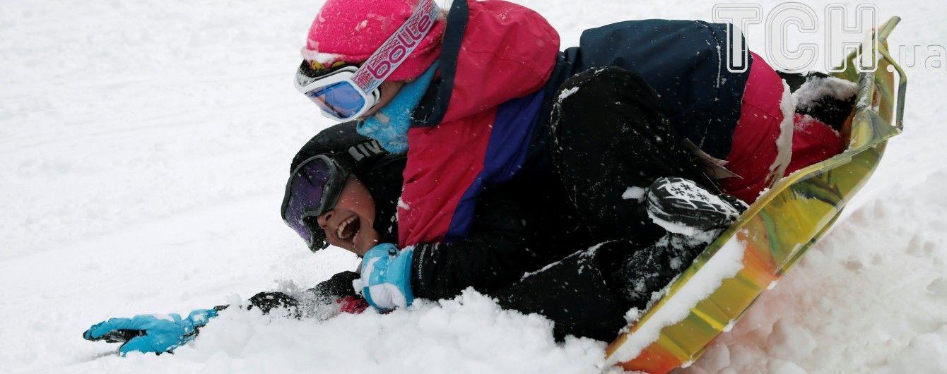 Стихійне лихо у Дніпрі: через снігопад закрили школи і можливі перебої з електрикою та водою
