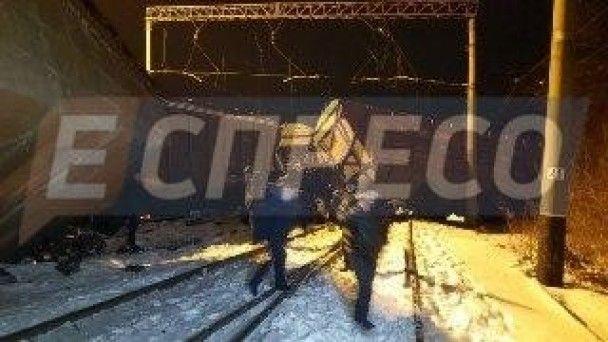 У Києві зіштовхнулися два вантажні поїзди та зійшли з колій