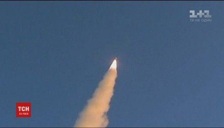 Северная Корея выпустила баллистическую ракету в сторону Японии