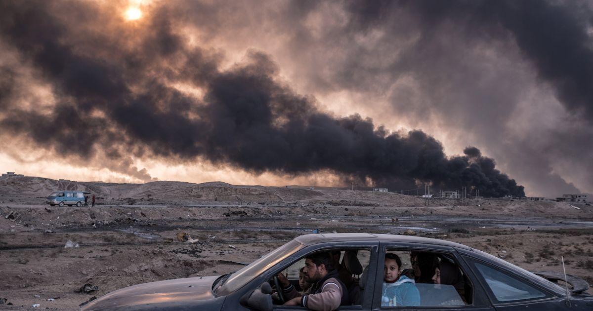 Сергій Пономарьов, який вже ставав лауреатом конкурсу в 2016 і 2015 роках, отримав премію за фоторепортаж з Іраку про битву за звільнення іракських міст. @ Reuters