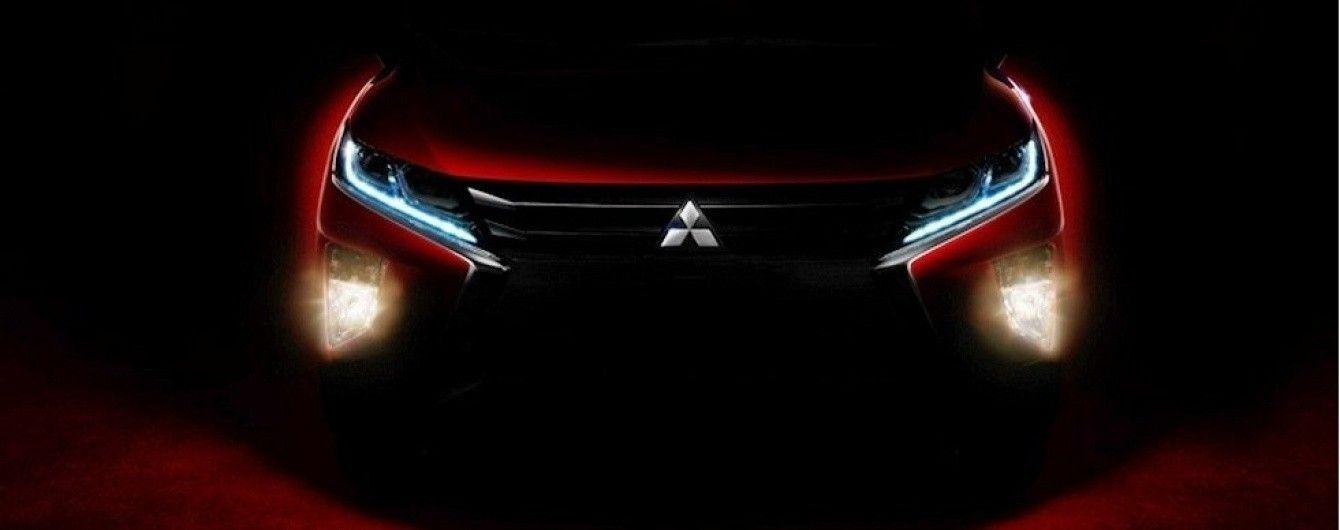Mitsubishi распространила новые тизеры кроссовера Eclipse Cross