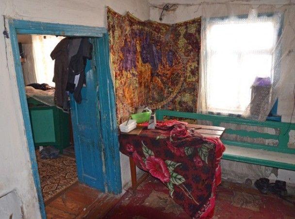 На Житомирщине горе-родители бросили детей на холодную смерть