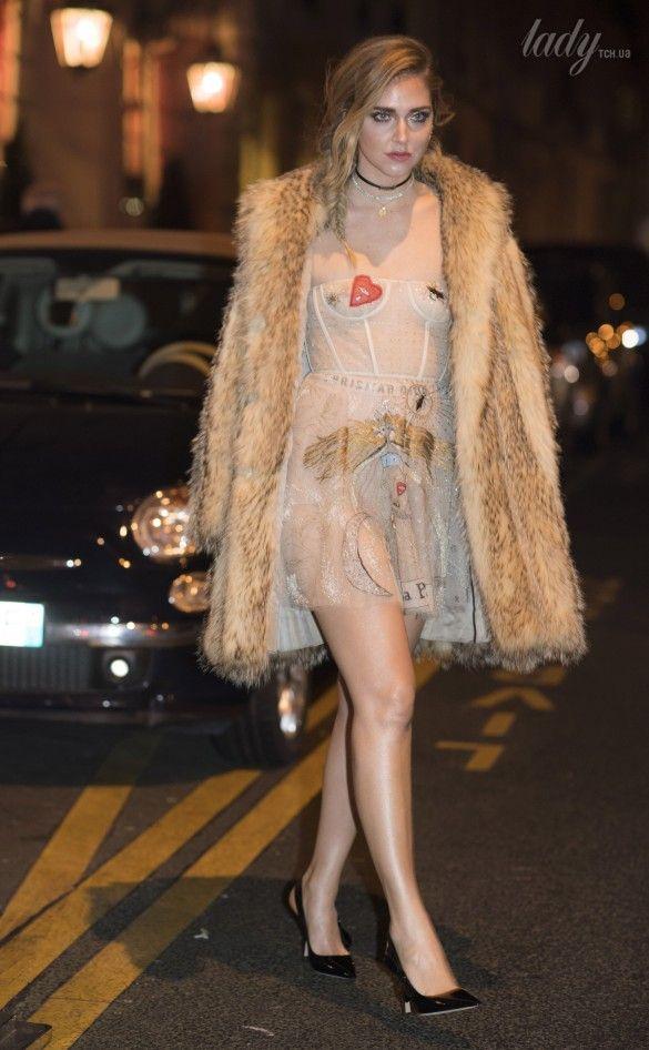 Звезды в платьях от Dior_3