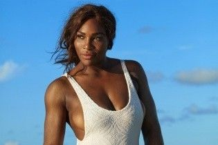 Перша ракетка світу топлес. Серена Вільямс знялася у відвертій фотосесії