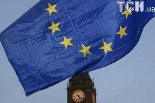 Brexit: в Twitter обнаружили полсотни акаунтов российских троллей, которые писали о выходе Великобритании из ЕС