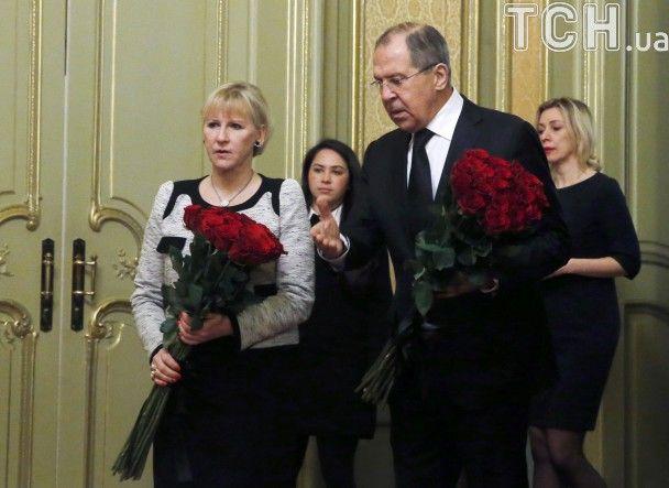 Цветы и траур: в представительстве РФ при ООН попрощались с Чуркиным