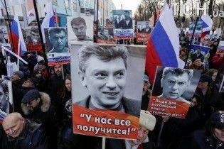 Мог быть настоящим конкурентом Путина на выборах: в России почтили память Немцова