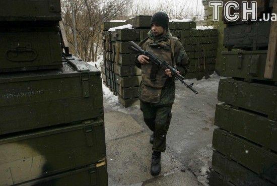 Бойовики зі 120-мм мінометів обстріляли два селища під Маріуполем