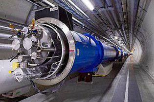 Вчені запустили Великий адронний коллайдер