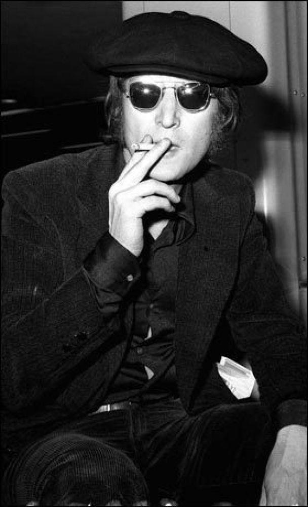 Пісні Джона Леннона помістять у капсули часу