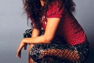 Хіп-хоп співачка Міа вагітна