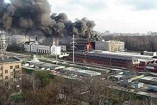 У Москві горіла фабрика
