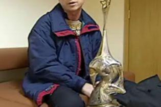 """У """"Борисполі"""" відхрещуються від пошкодження шахового кубка (відео)"""