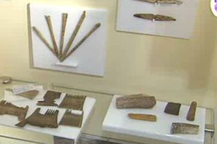 На Подолі розкопали предмети гігієни княжої доби (відео)