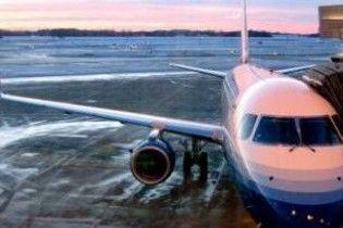 Через негоду в Чикаго відміняють авіарейси