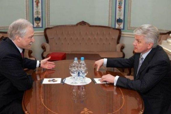 Ющенко и Тимошенко встречаются с руководителем Евросоюза