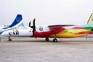 На популярному курорті літак врізався в стіну аеропорту