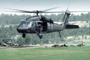 В Техасі військовий вертоліт впав на територію студмістечка