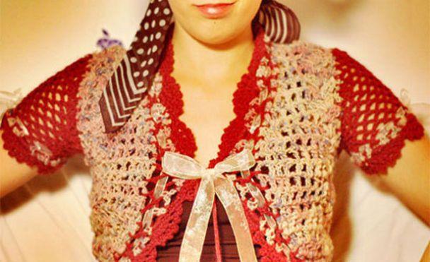 Чилійські дизайнери шиють одяг з недопалків