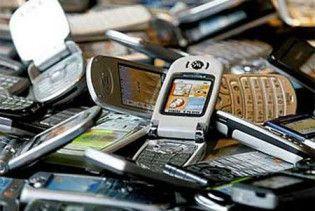 Уряд дозволив ще два місяці продавати контрабандні телефони