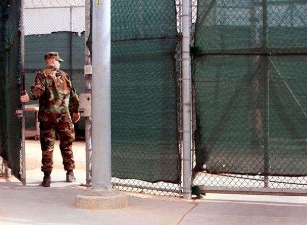 Обама підписав указ про закриття Гуантанамо