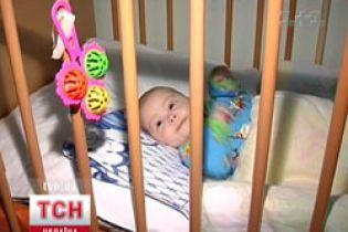 Лікарі дивом врятували тримісячну дитину, про яку забули батьки